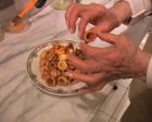 Mini pizzas la cuisine de monica for La cuisine de monica
