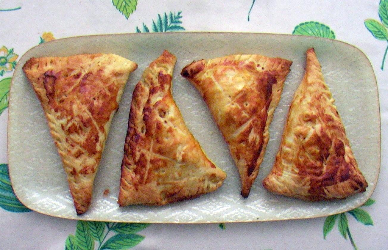 Recette facile chaussons aux pommes la cuisine de monica for La cuisine de monica