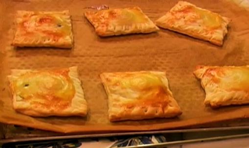 Feuillet s aux oeufs de caille recette en vid o la for La cuisine de monica