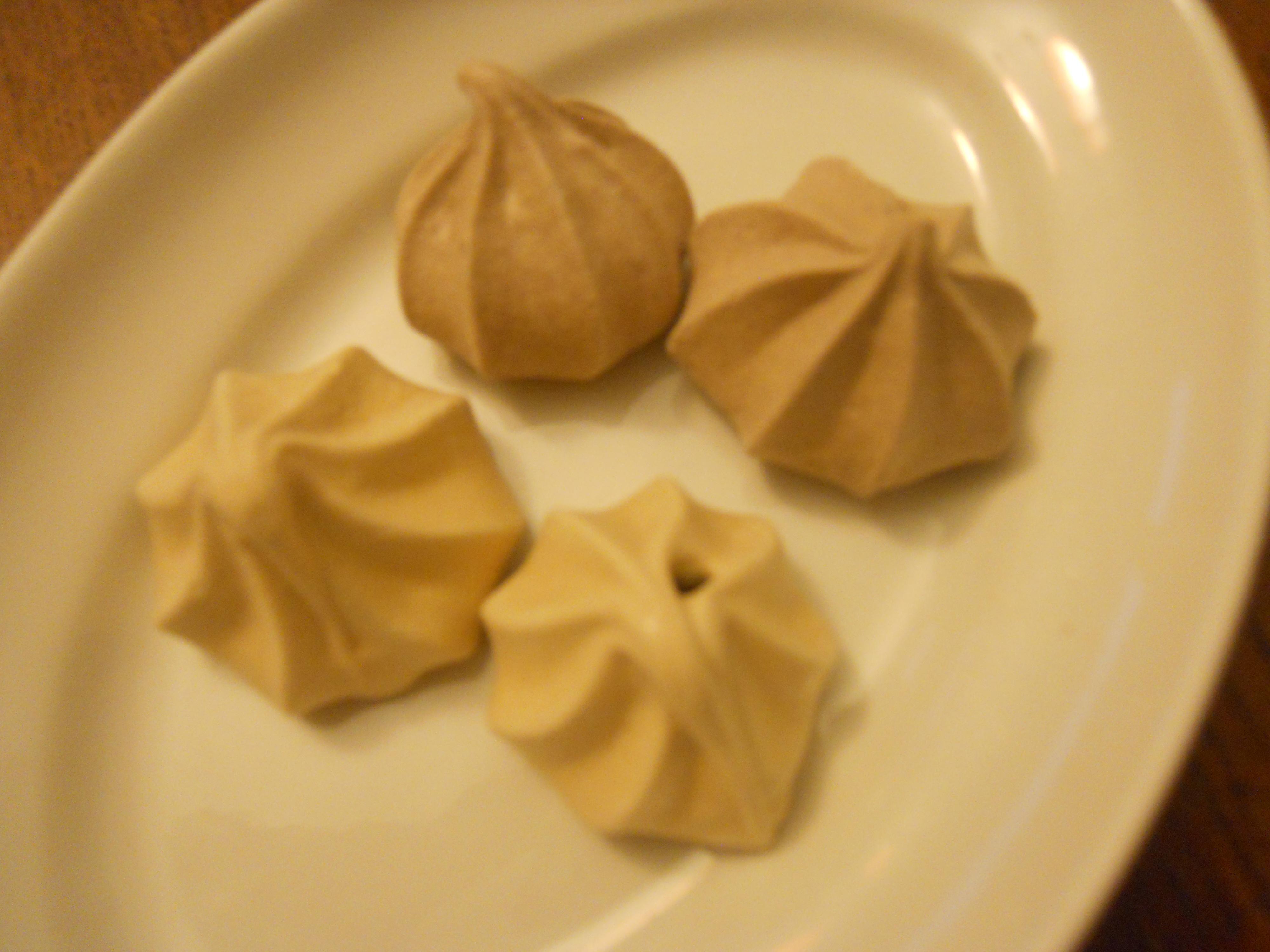 Meringues Au Chocolat La Cuisine De Monica - La cuisine de monica