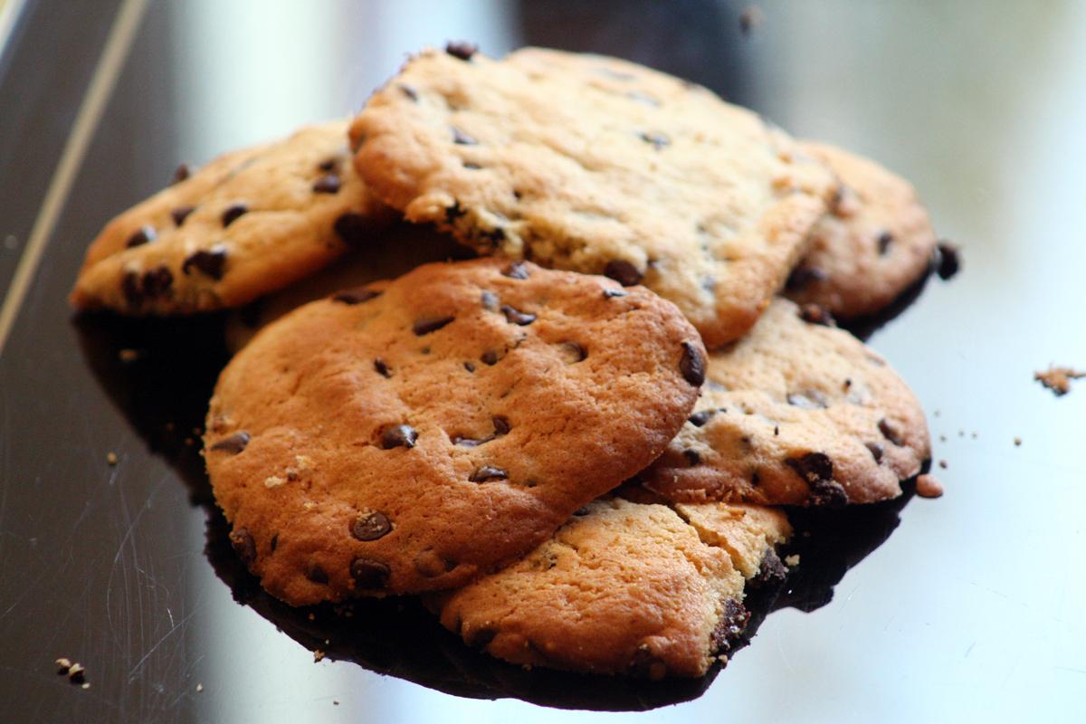 recette cookies au chocolat recette en vid o la cuisine de monica. Black Bedroom Furniture Sets. Home Design Ideas